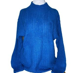 Ladies medium hand knit blue cable sweater